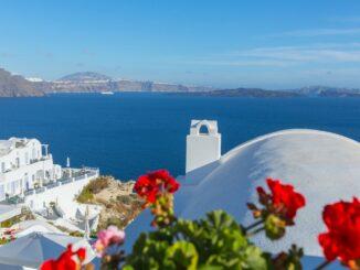 Santorini, la splendida isola delle Cicladi in Grecia