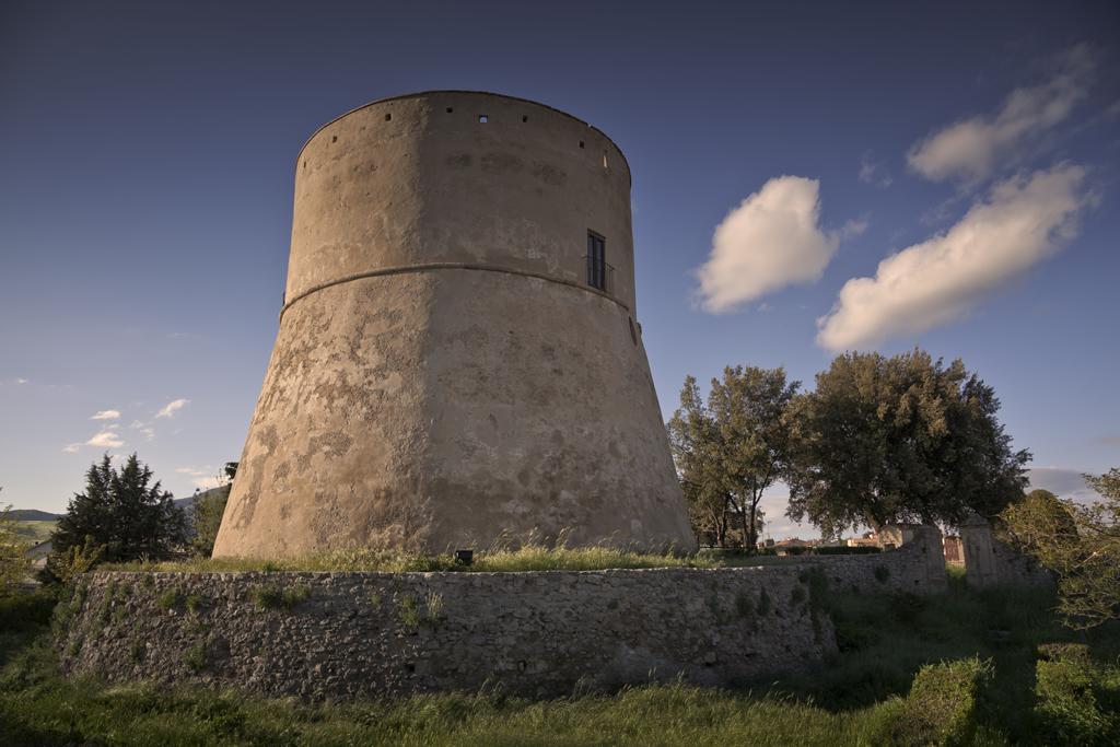 Torre angioina, Atella