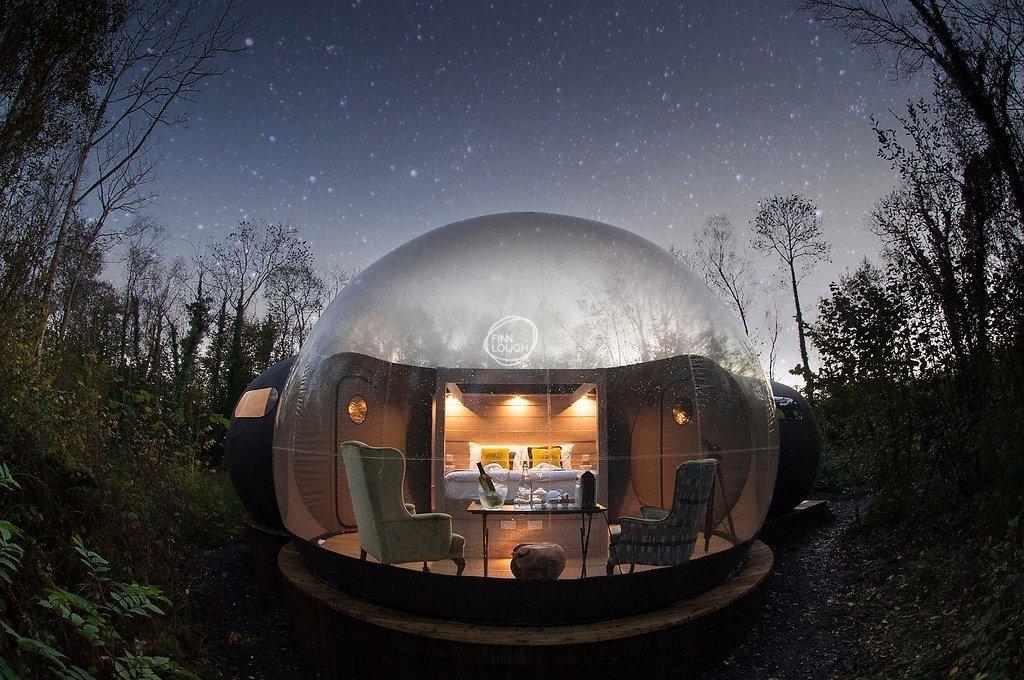 Dormire in una bolla con le pareti di vetro, Irlanda