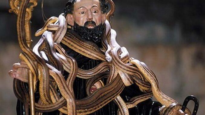 Festa dei Serpari di San Domenico a Cocullo ©Comune di Cocullo, l'Aquila