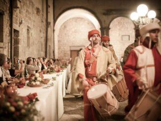 Offerte dei Censi ad Abbadia San Salvatore, rievocazione medioevale