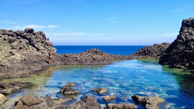 "Pantelleria, detta la ""Perla nera del Mediterraneo"""