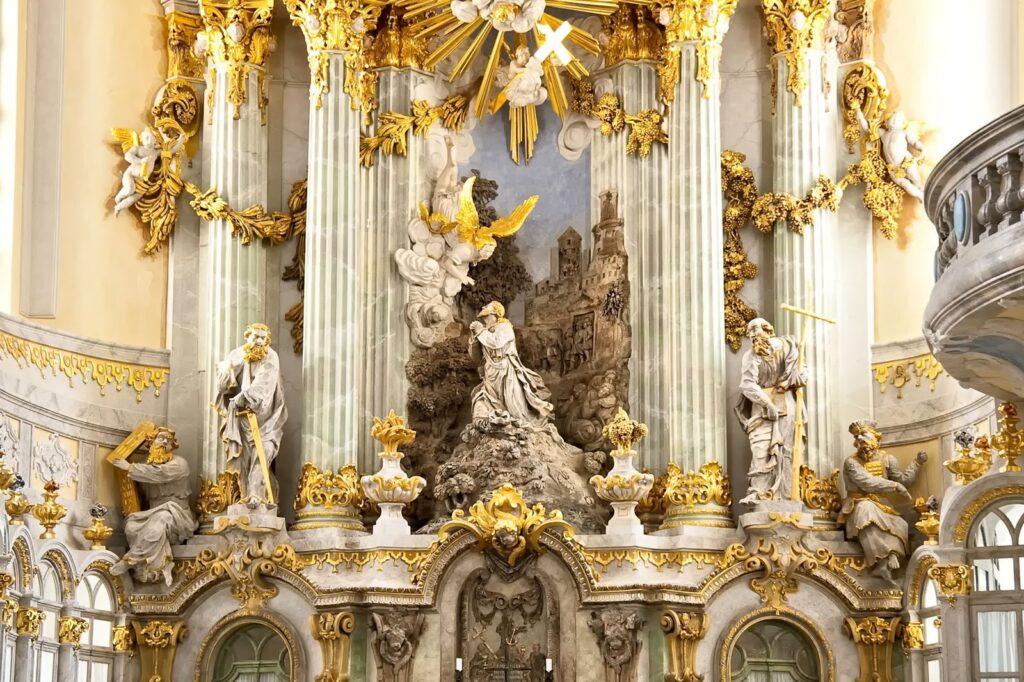 Particolare dell'altare del Frauenkirche. Dresda @Foto Antoni, Andreas
