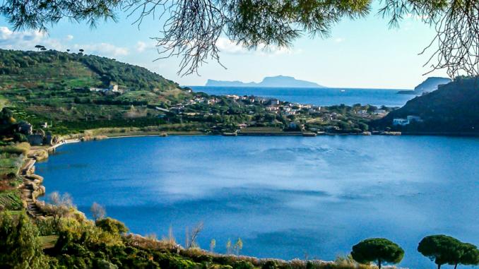 Lago d'Averno, Pozzuoli