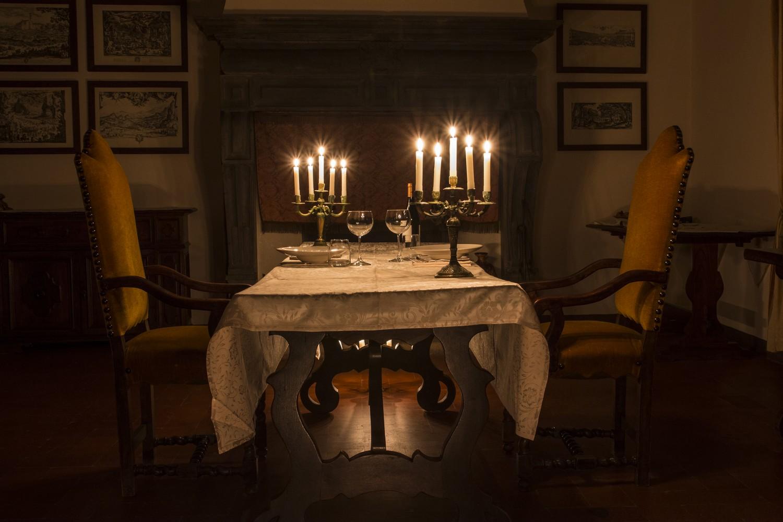 Cena a lume di candela nel Castello di Petroia, Gubbio