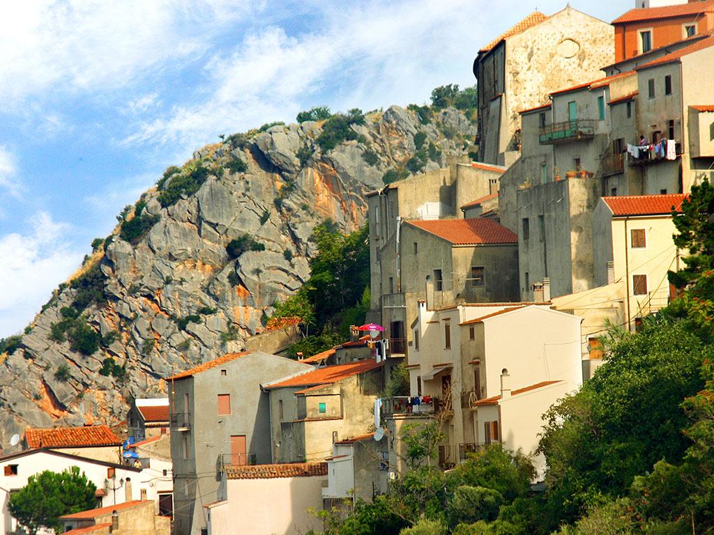 Scorcio del centro storico di Maierà, Calabria