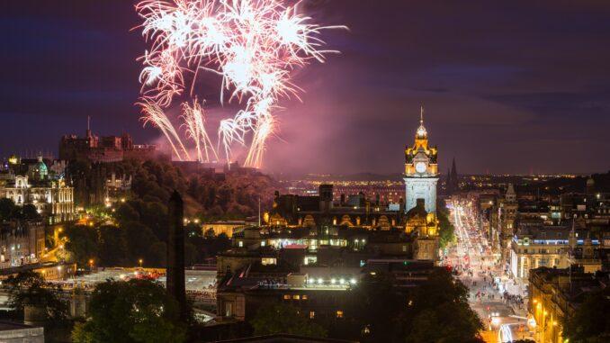 Edimburgo cosa vedere: Festa dell'Hogmanay, Edimburgo capitale della Scozia