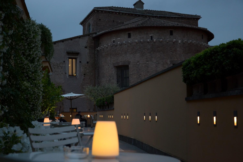 Hotel Capo D'Africa, terrazzo di notte