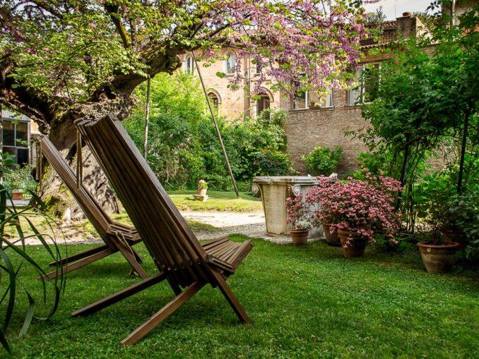 Un giardino di Interno Verde a Ferrara