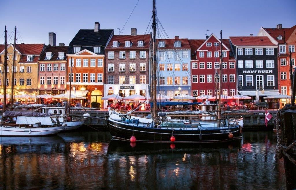 Veduta di Copenaghen, capitale danese - Foto Nyhavn Kim Wyon