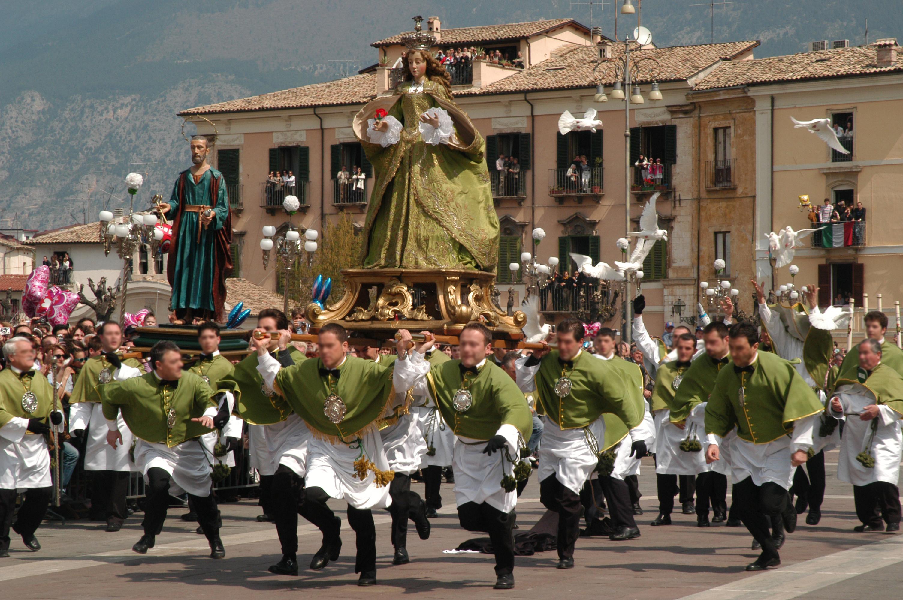 Madonna che Scappa a Sulmona - Foto Il Martino