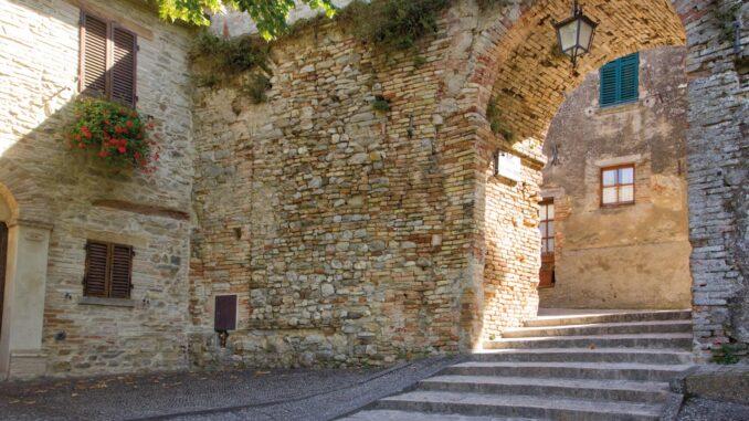 Particolare del borgo di Montone, in Umbria