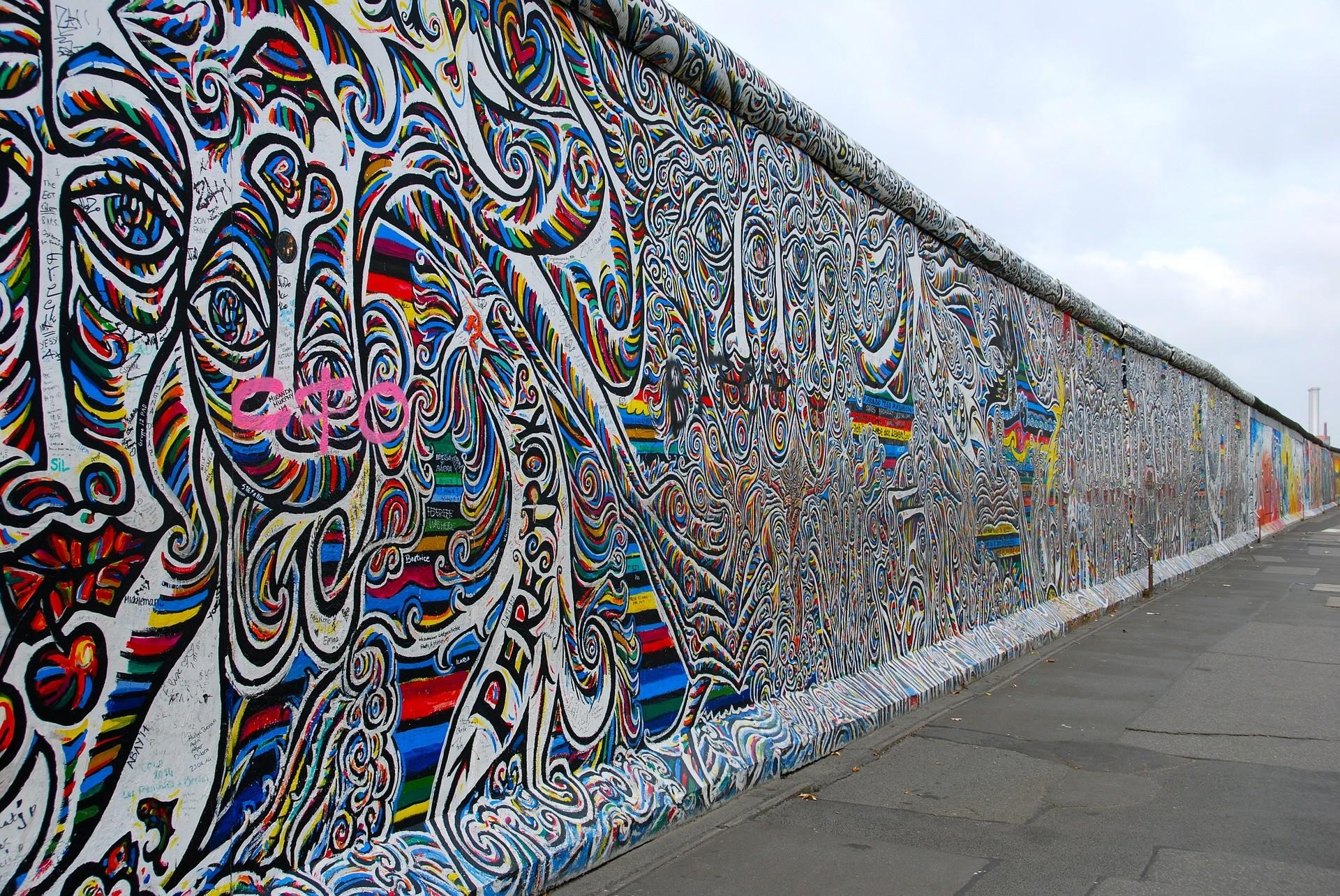 Berlino luoghi di interesse: Muro di Berlino - Foto di MariaTortajada