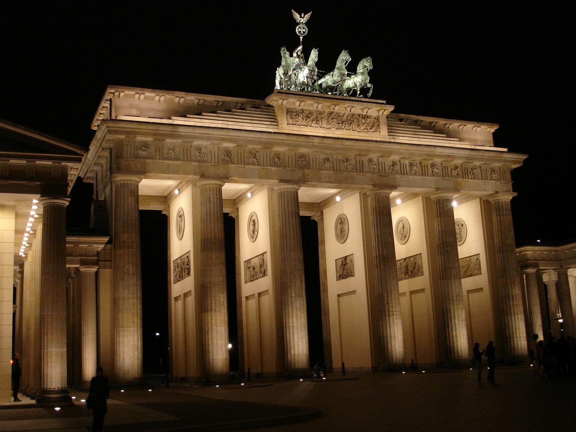 Berlino cosa vedere: Porta di Brandeburgo, Berlino - Foto di Hans Braxmeier