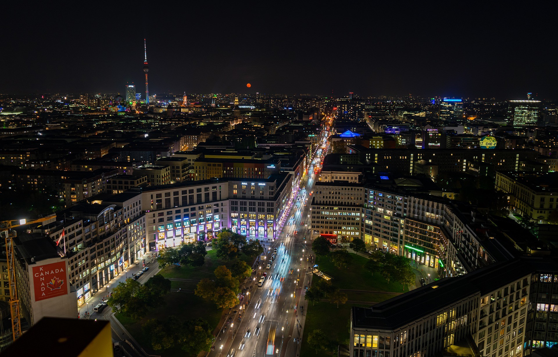 Berlino cose da vedere: Vista notturna di Berlino - Foto di Achim Scholty