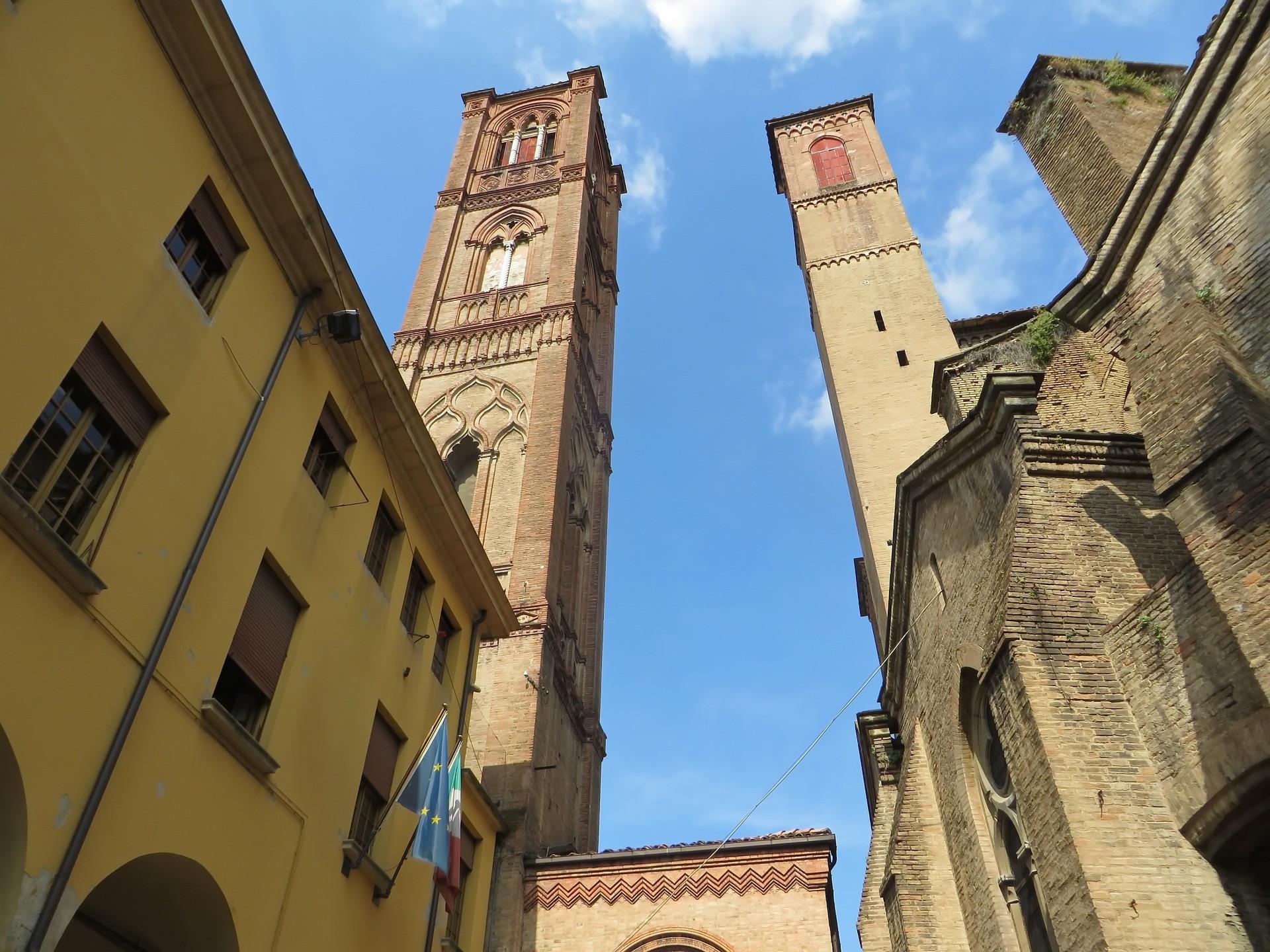 Torre degli Asinelli, Bologna - Foto di Albert Dezetter