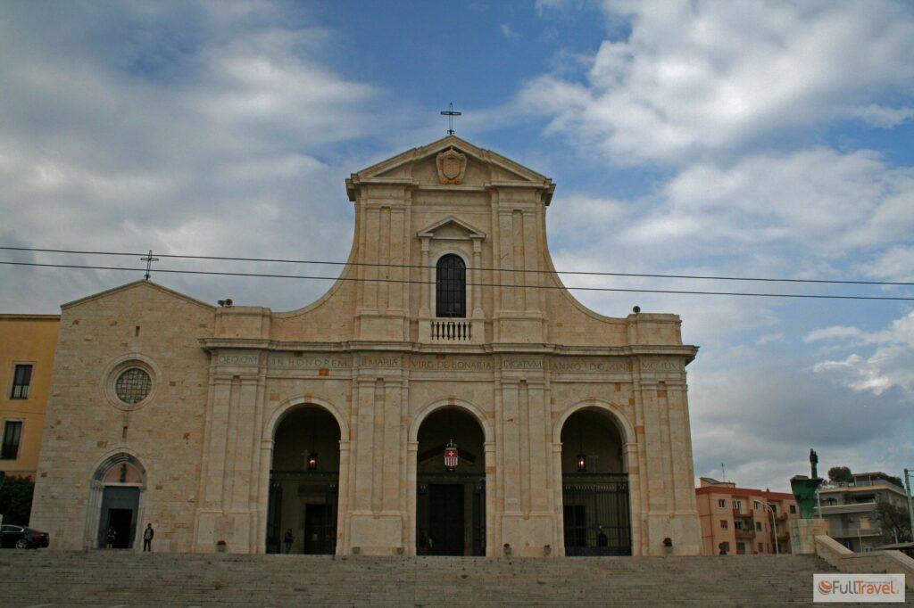 Santuario di Bonaria a Cagliari ©Foto Anna Bruno