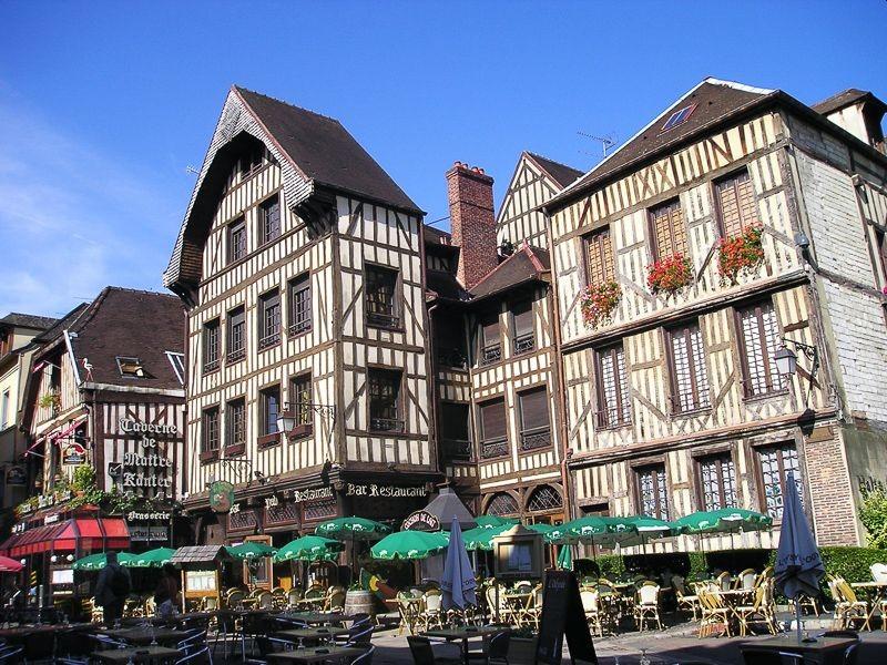 Case a graticcio di Troyes, Francia