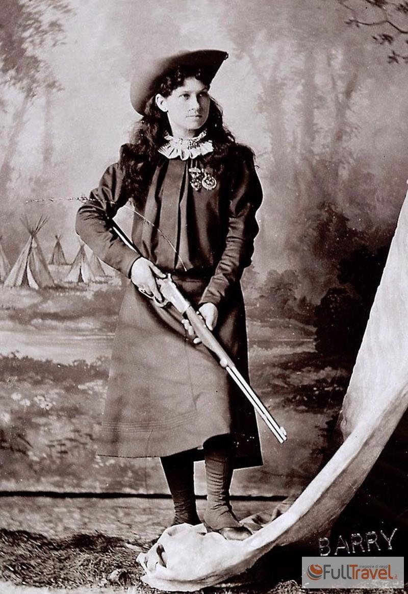 Annie Oakley, Cody