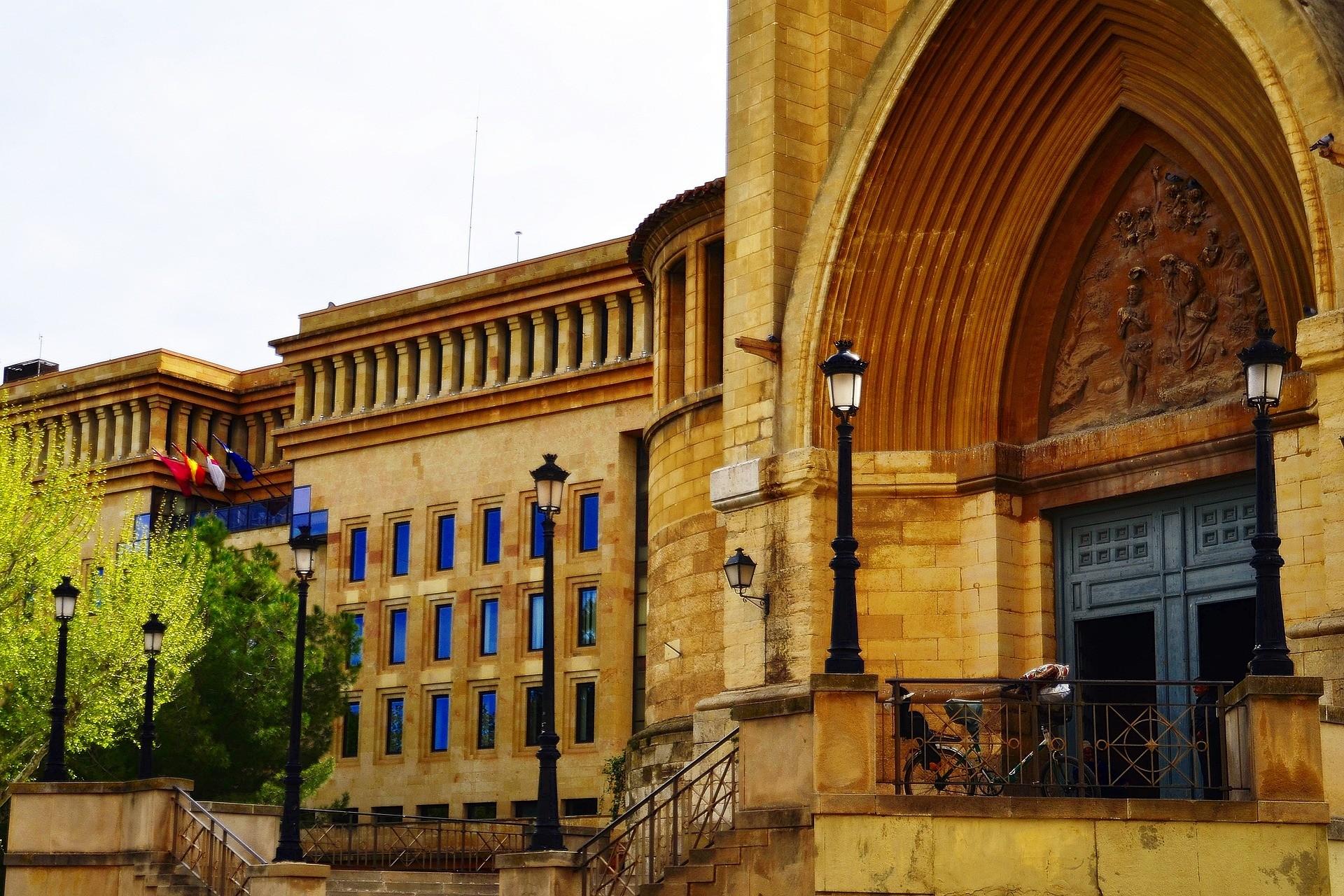 Cattedrale e Municipio ad Albacete, Spagna - Foto di Jose Maria Mondejar Martinez