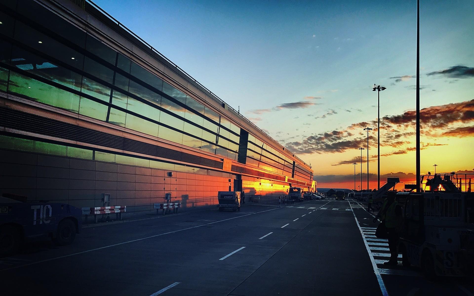 Aeroporto di Dublino - Foto di dozemode