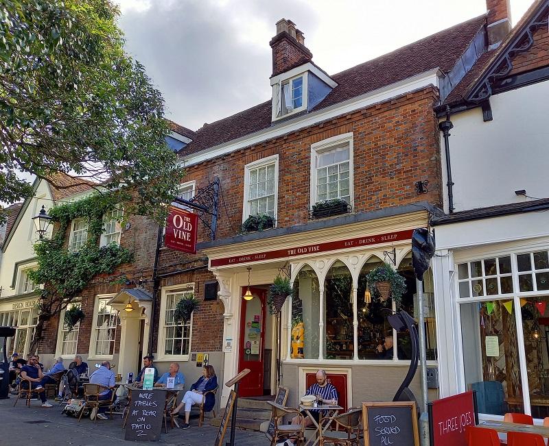 The Old Vine, pub dove è possibile alloggiare, Winchester ©Foto Ilaria Maria Mura