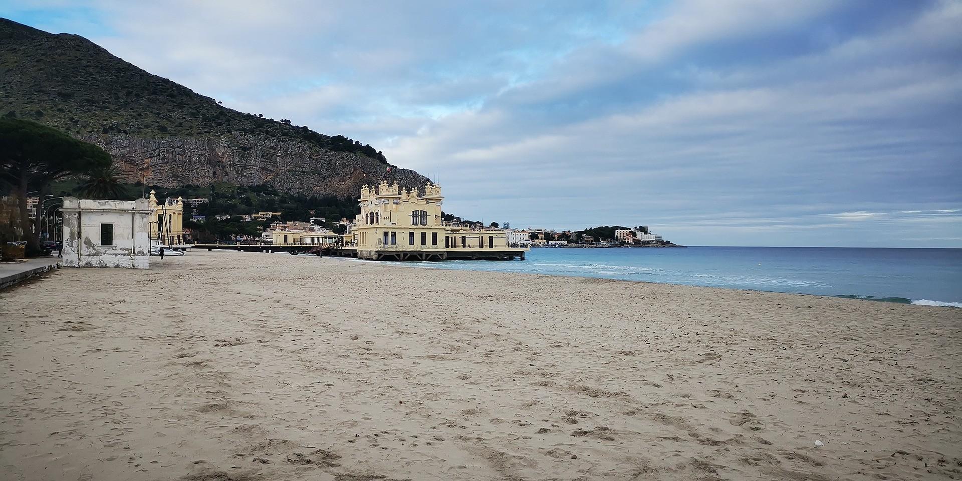 Spiaggia di Mondello - Foto di pierol85